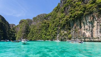 Enjoy natural places in Thailand
