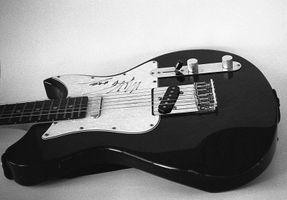 Base Guitar - in film