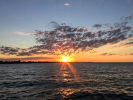 Sunset-horizon-ocean