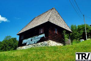 Closcas Memorial House