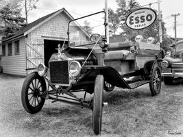1915 Ford Model T truck