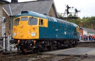 26007 @ Grosmont 18sep09 - Trevor Casey