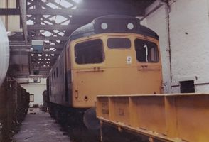 27027 withdrawn @ Inv 1jul82 - Tony Browne