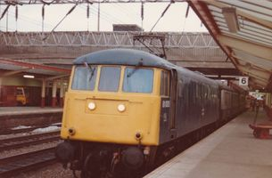 81005 @ Crewe 1P19 1623 BNS Preston - Mike Hurst