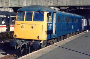 81012 @ BNS 1055 Poole GLC 24sep89 - Steve Thorpe
