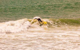 Manu Bay Surfer IV