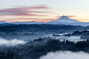Mt Hood Sunrise- Jonsrud Point
