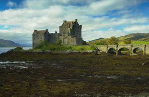 Eilean Donan Castle, Kyle of Lochalsh, Highlands, Scotland