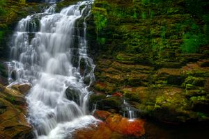 Lower Cascade of Sgwd Isaf Clun Gwyn (Fall of the White Meadow), Afon Mellte (Mellte River), Brecon Beacons, Wales
