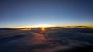 Sunrise in horizon
