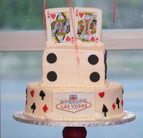 Vegas wedding cake