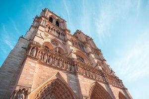 Facade-notre-dame-de-paris-medieval-cathedral-paris-france