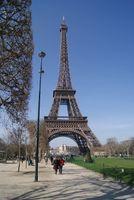 Paris-eiffel-tower-france-landmark-places-of-interest