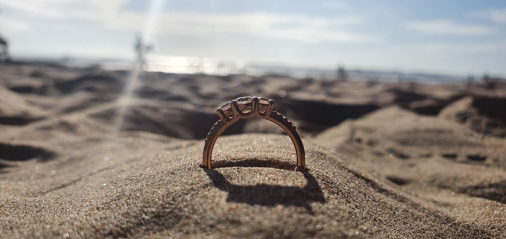 Ring in the beach