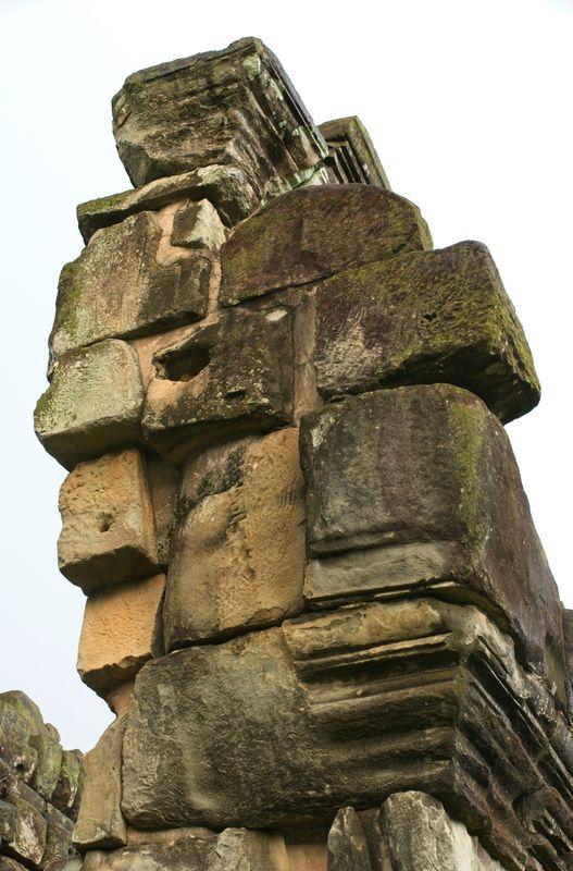 Bakong temple – building block stack