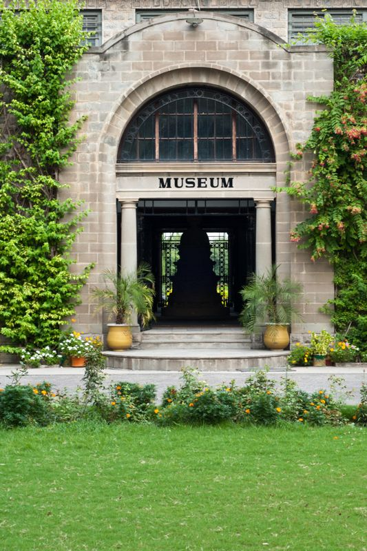 TAXILA MUSEUM IN PAKISTAN – HOUSE OF SPLENDID GANDHARA COLLECTION