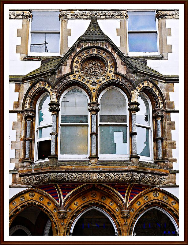 BEAUTIFULOLDHOUSEDETAILS