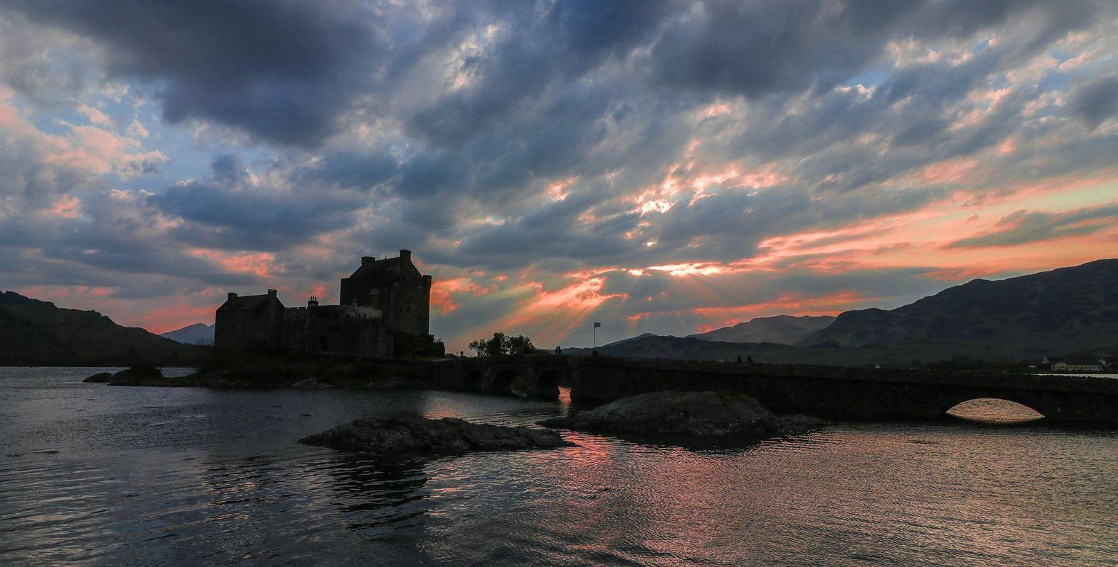 Eilean Donan Castle as the sun goes down.