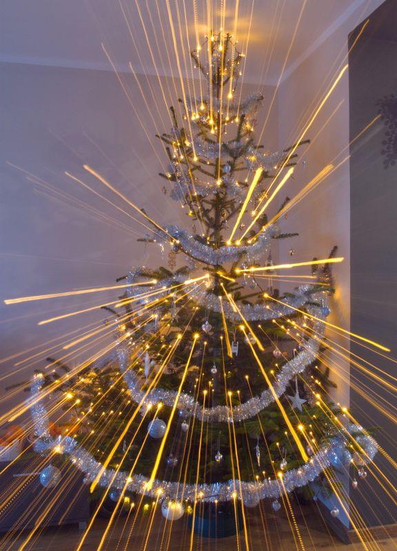 Christmas tree starburst shot - Merry Christmas!