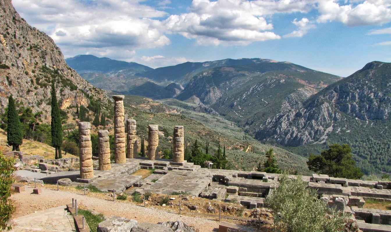 Delfi - Temple of Apollo 1
