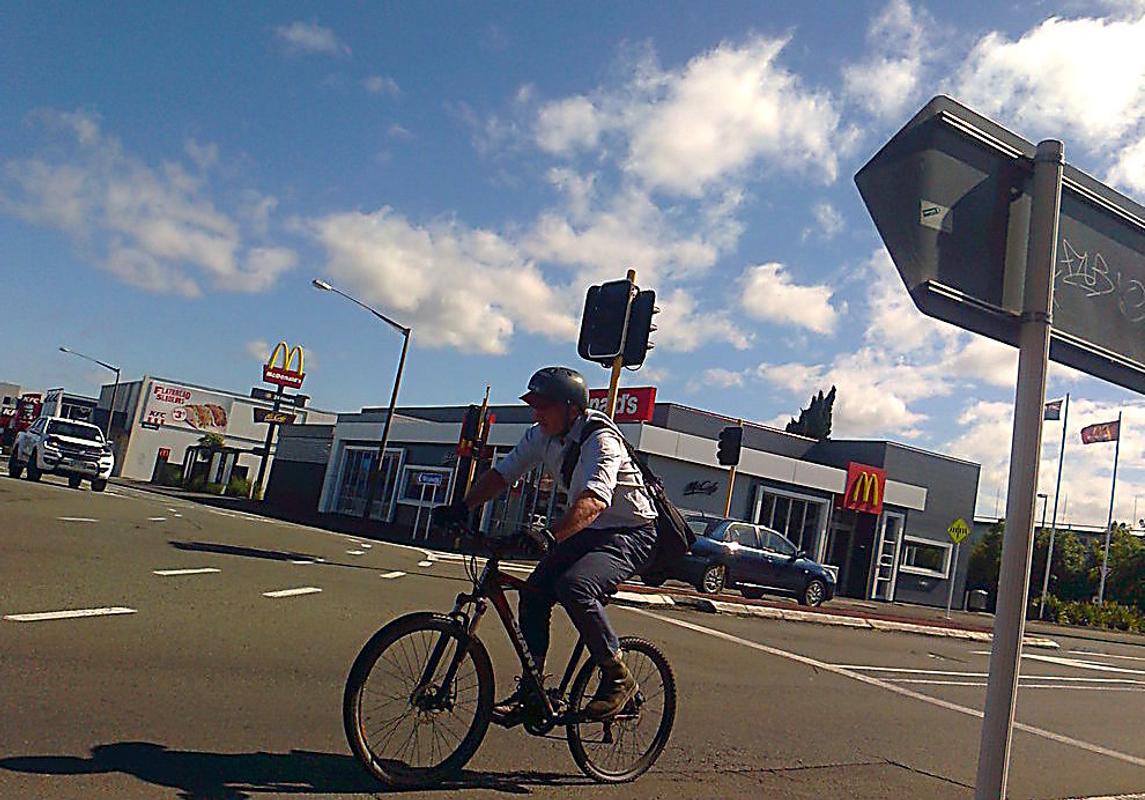 City biking, cnr. Ferguson & Princess