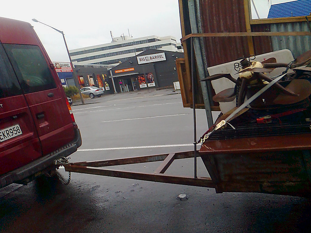 Ford Transit (rear view with trailer)