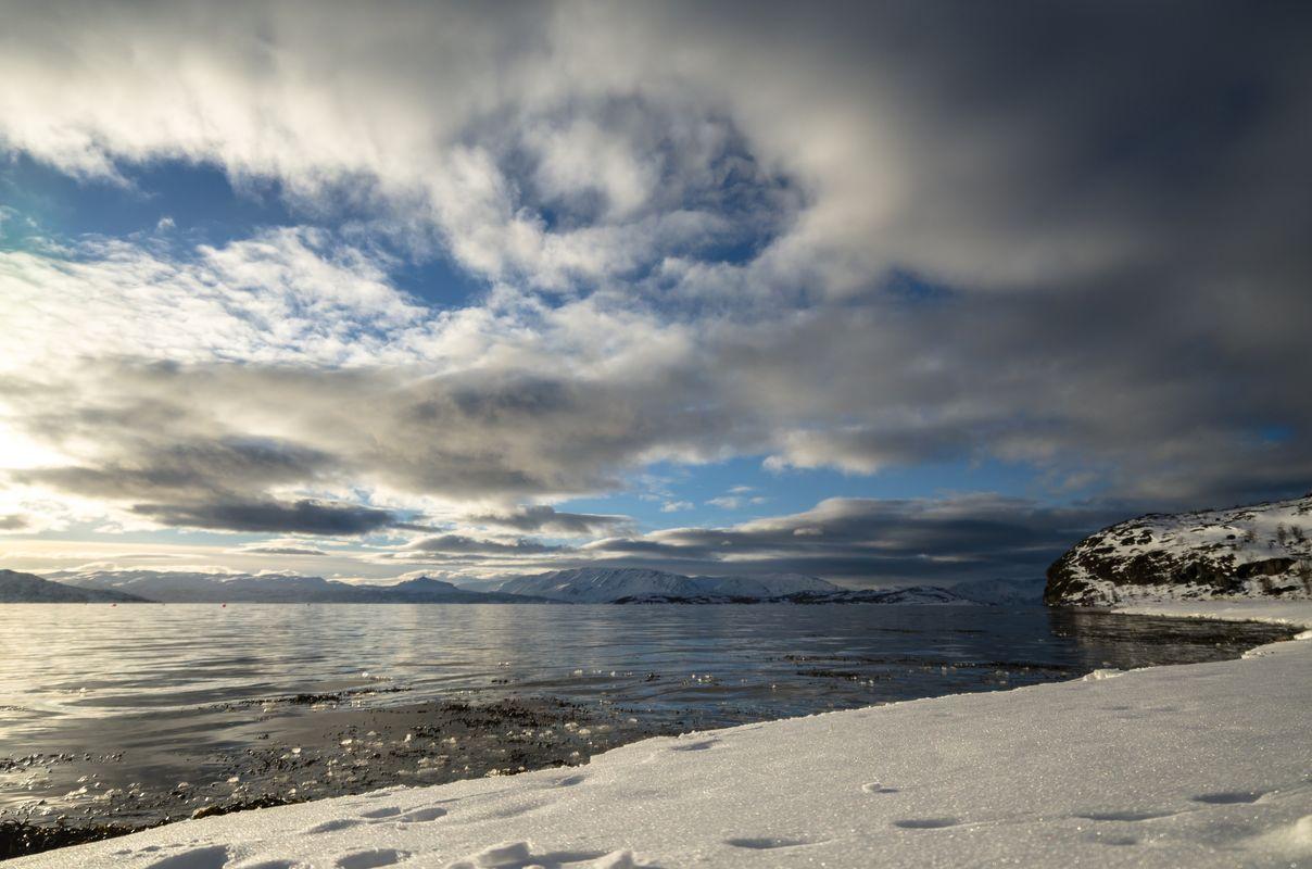Snowy seashore in Kviby
