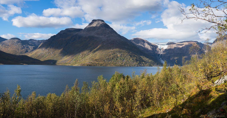 Jøkelfjord with the glacier