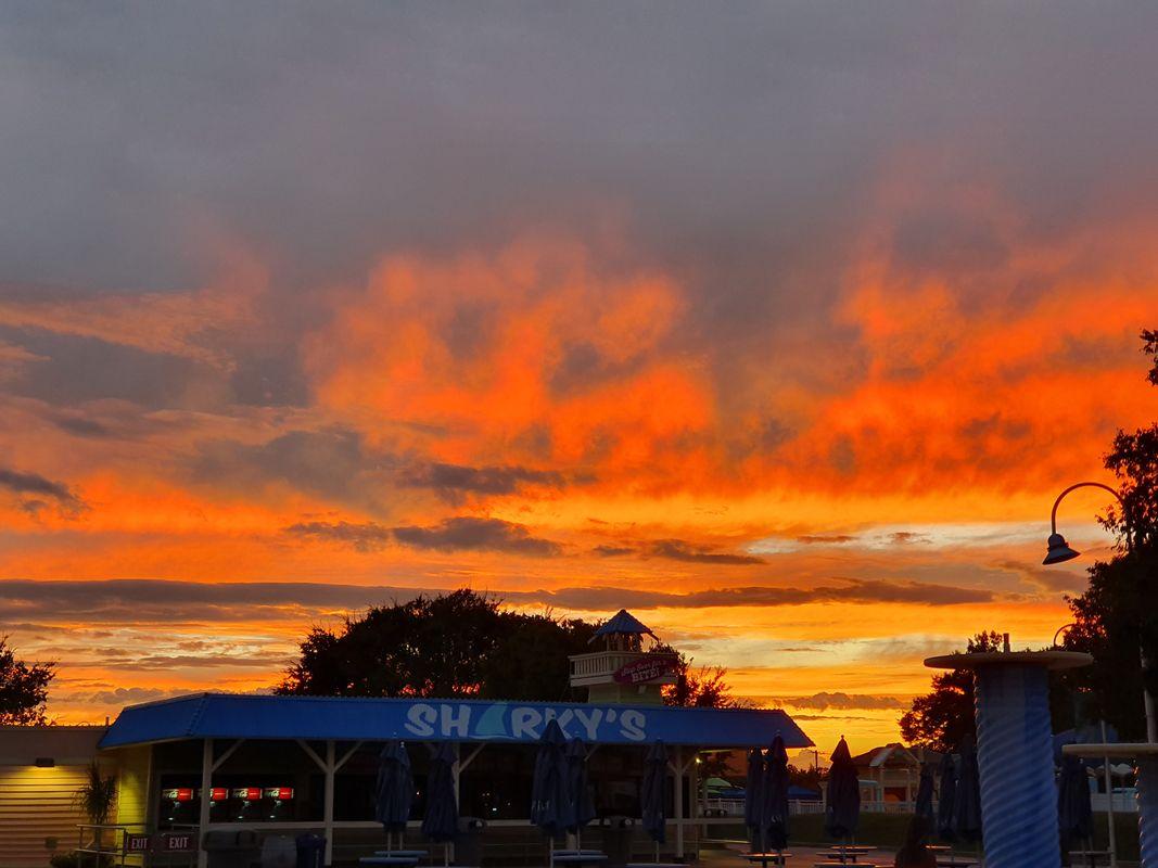 SUNSET VIEW AT CAROWINDS AMUSEMENT PARK,CHARLOTTE