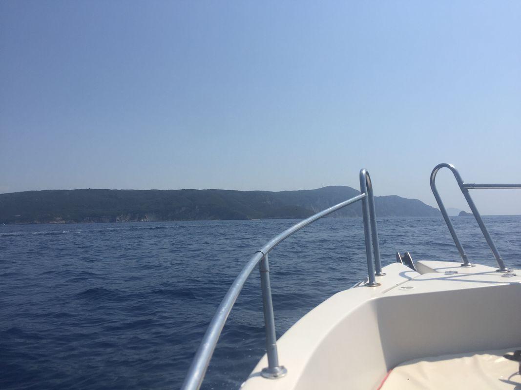Una gita in barca a Corfù, in Grecia - A boat trip to Corfu, Greece