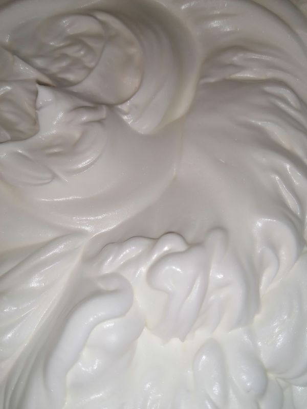 Cloud whipped cream - Panna montata a nuvola