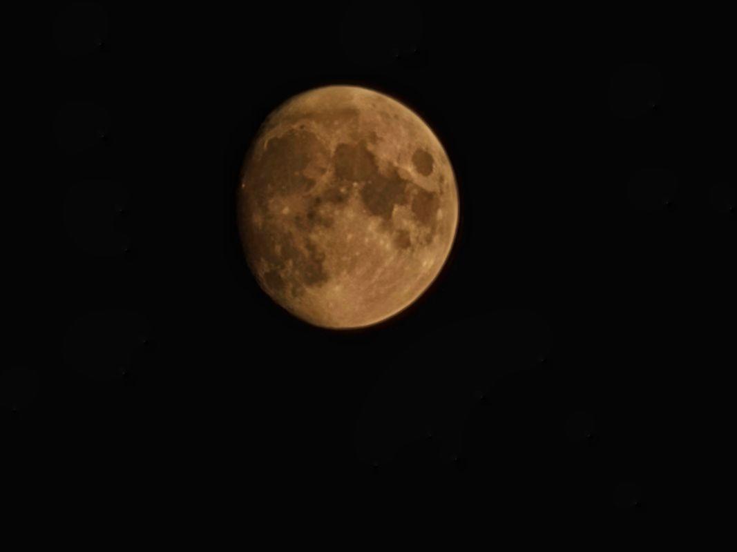 Lovely Moon...