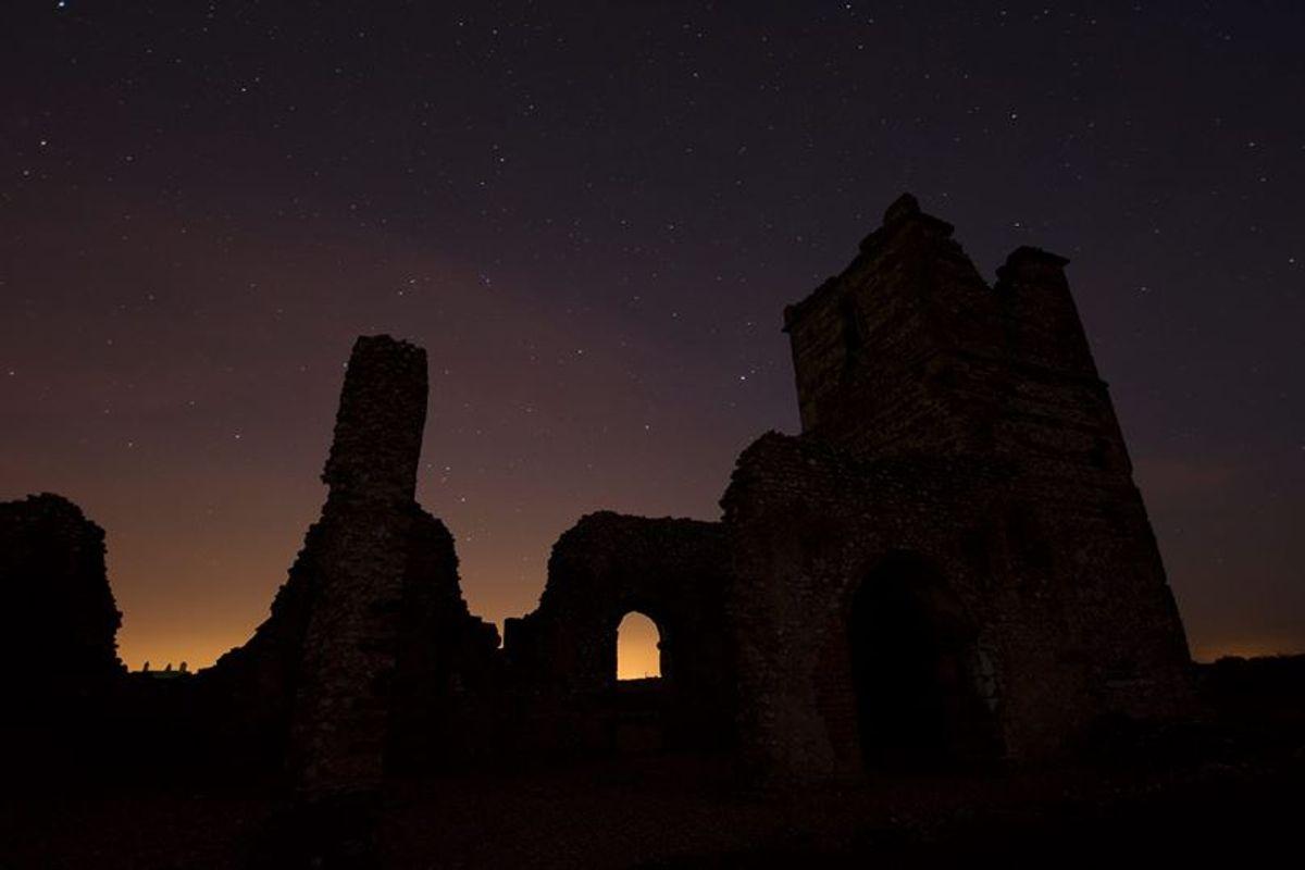 Night exposure of Knolton church