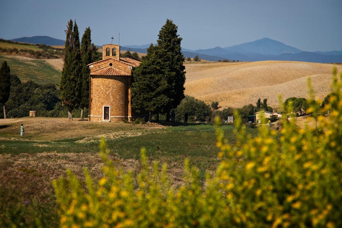 Vitaleta Chapel, Val d'Orcia, Tuscany, Italy