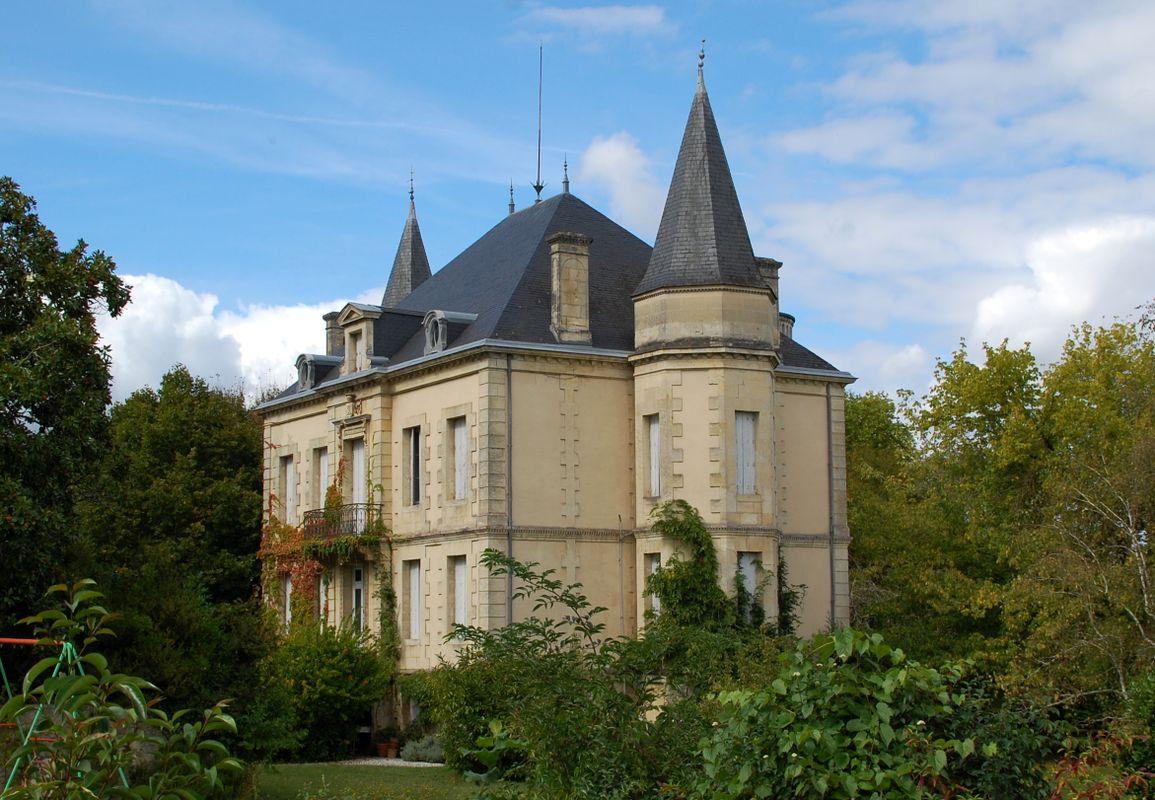 Beautiran castle