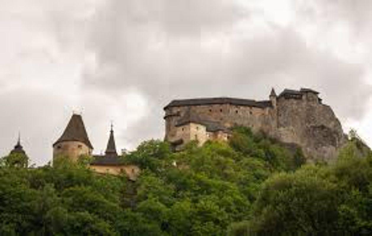 Ovara castle