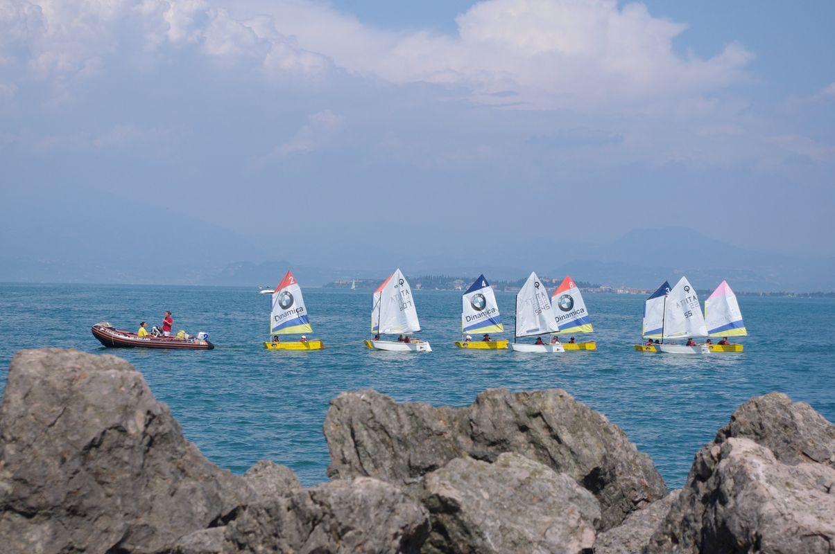 Small boats om Lake garda.