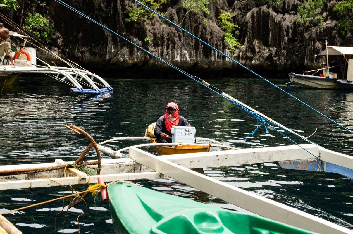 Floating vendor