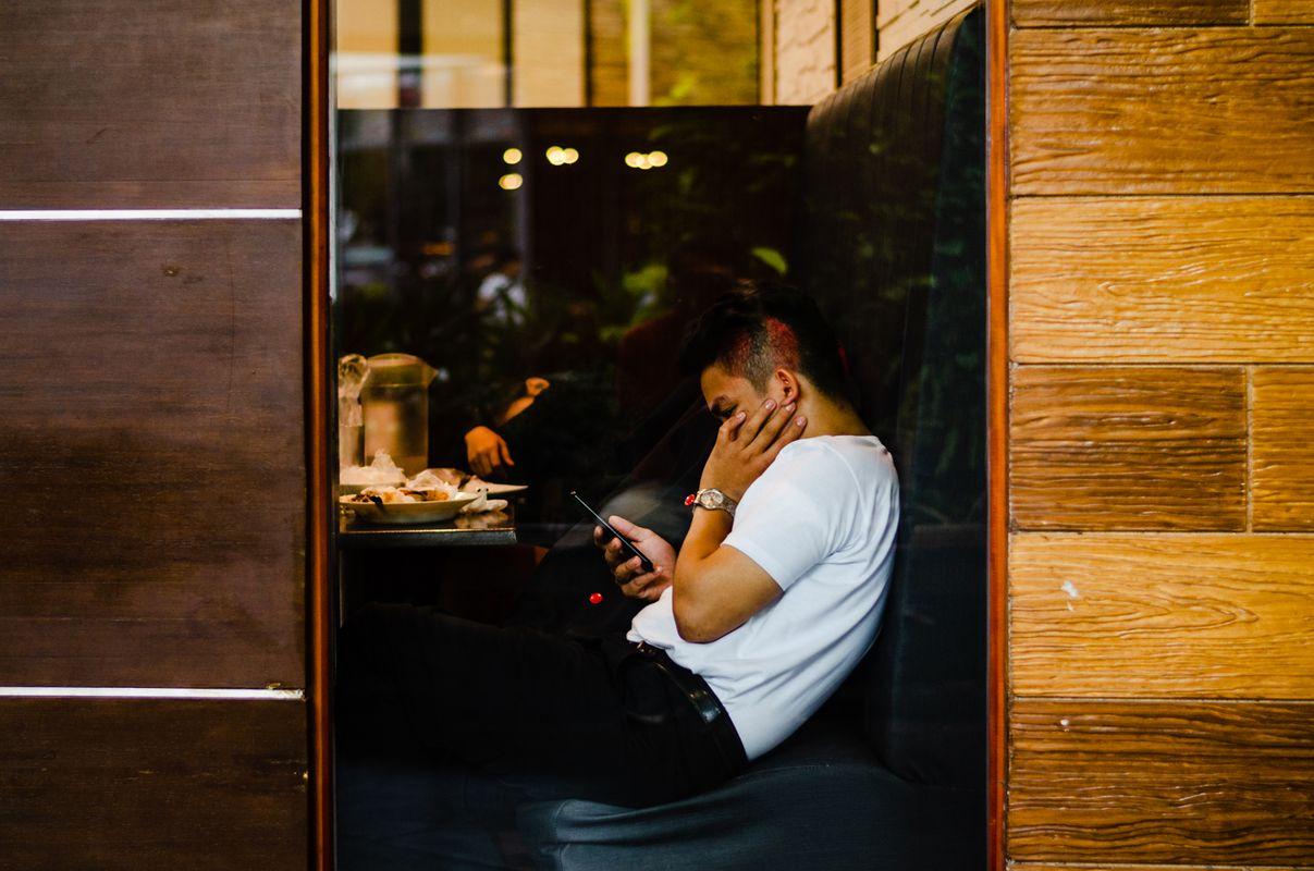 Phone break on lunch break