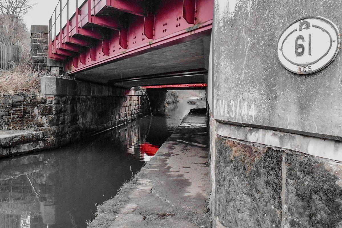 Tunnel End Railway Bridge.