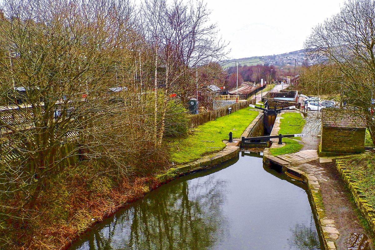 Huddersfield Narrow Canal and Marsden Railway Station.