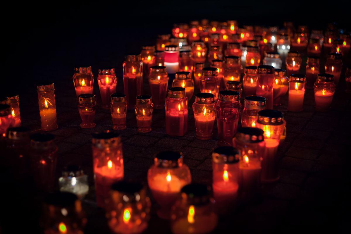 Many lit lanterns
