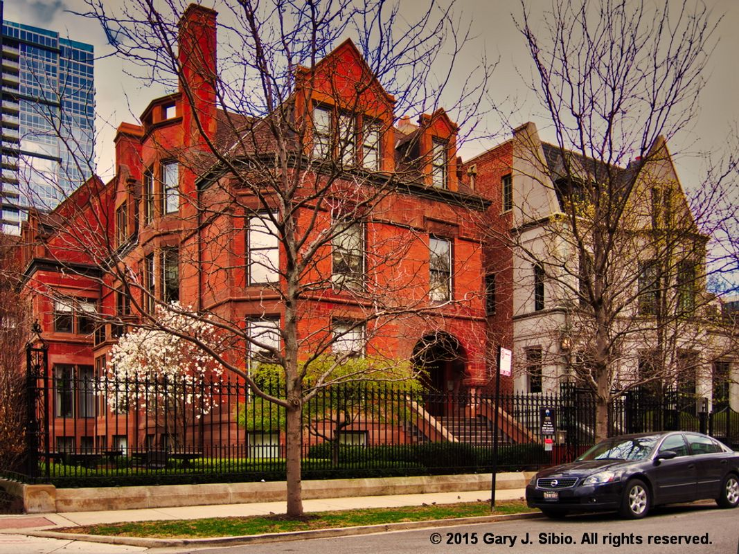 Two Mansions in the Prairie Avenue District, Chicago, Illinois (2015-04-21 14-26-58_01)