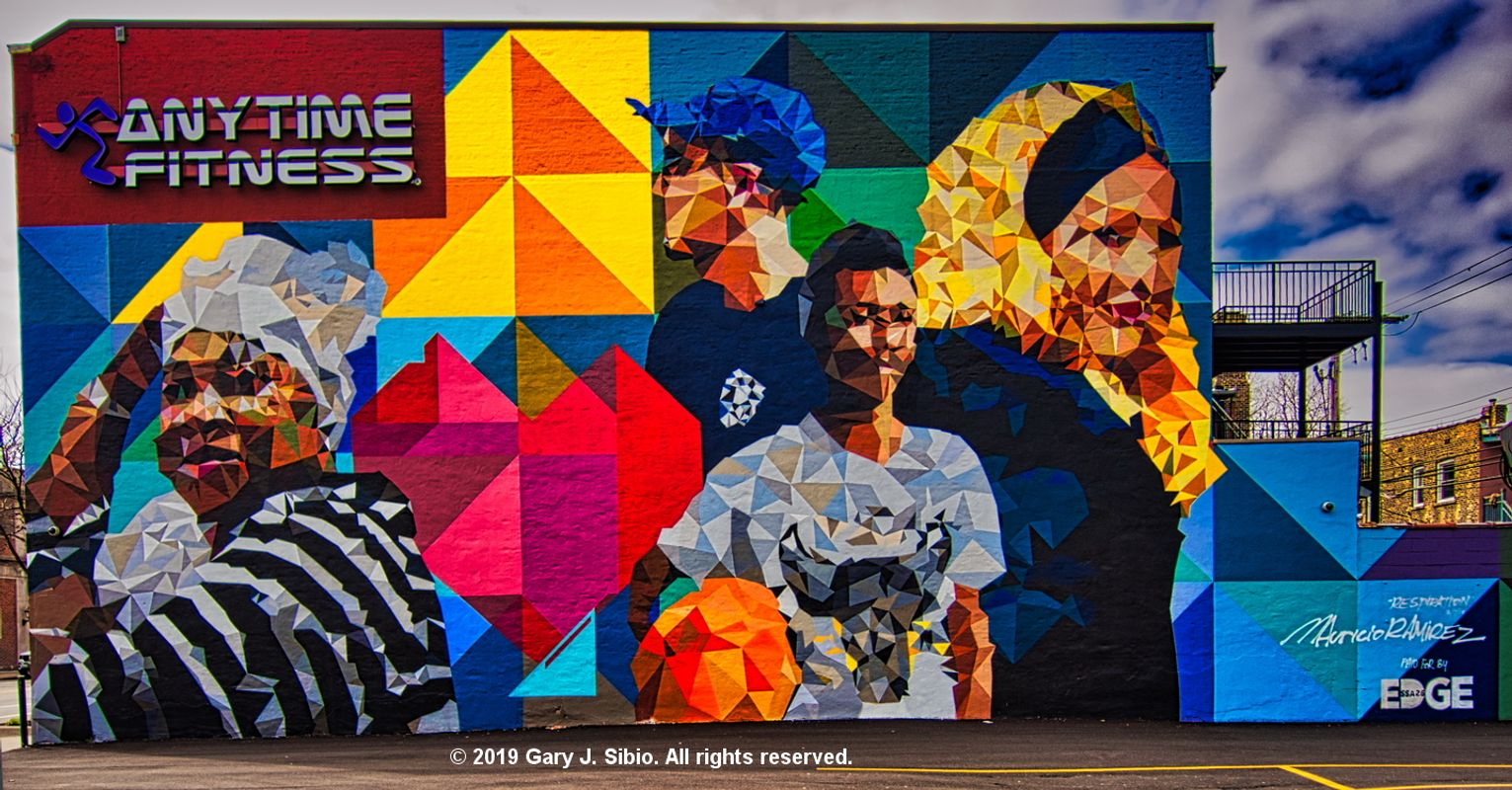 Mural on the Wall of Anytime Fitness, Chicago, Illinois (2019-04-05 14-15-02_01)