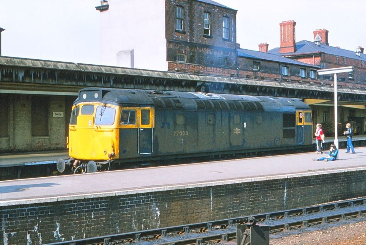 27003 @ Derby on test - John Cook