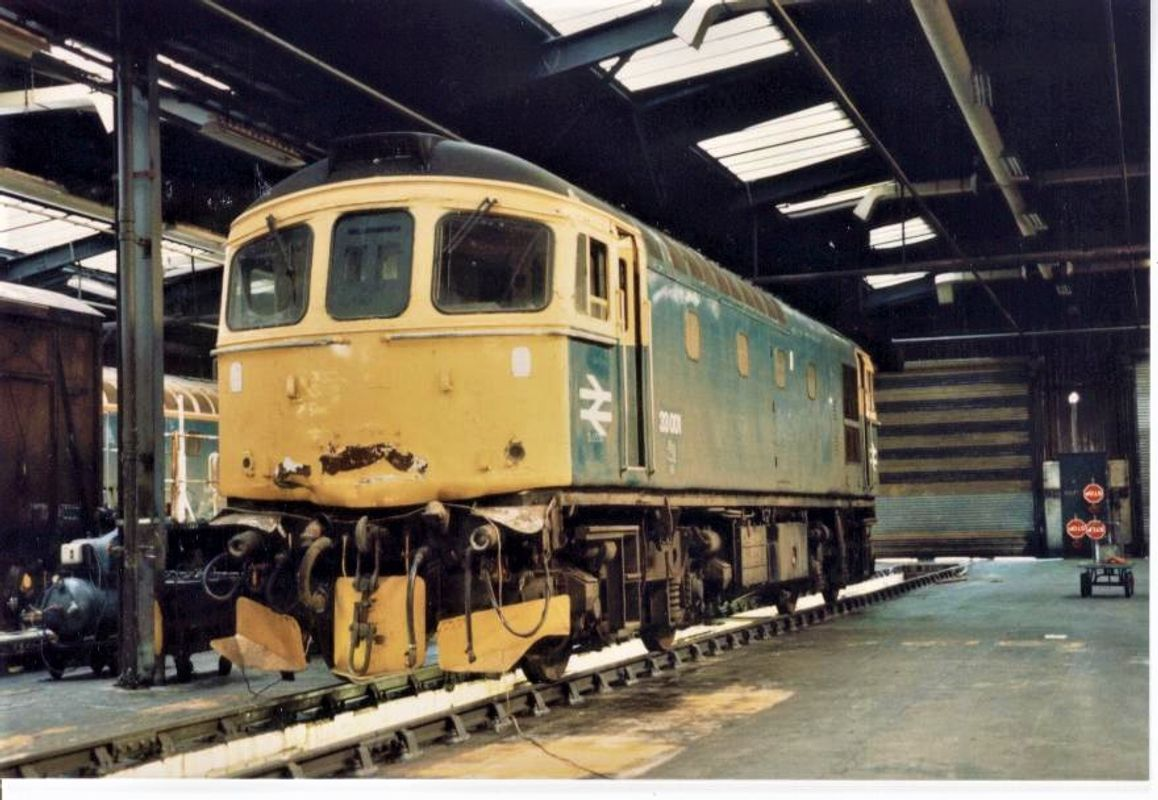 33001 WDN @ EH - Barry Evans