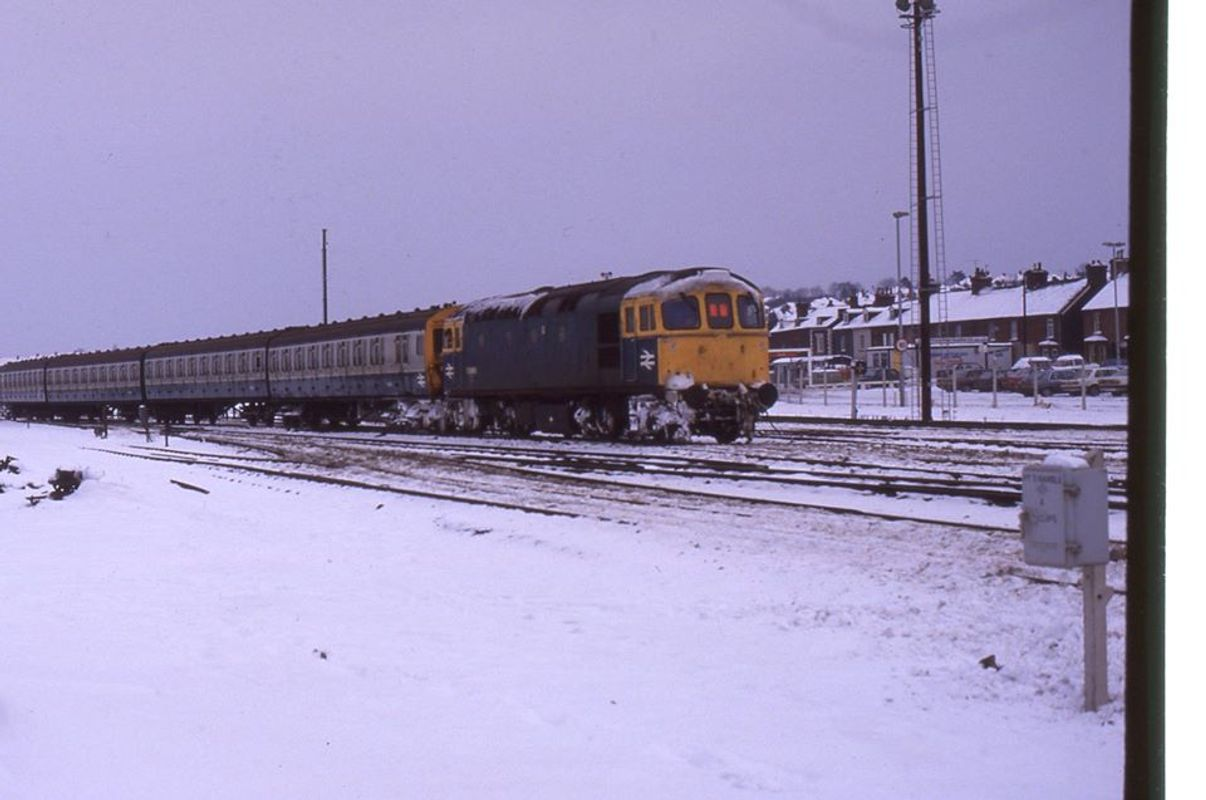 33006 @ Tonbridge 16jan87 - John Atkinson