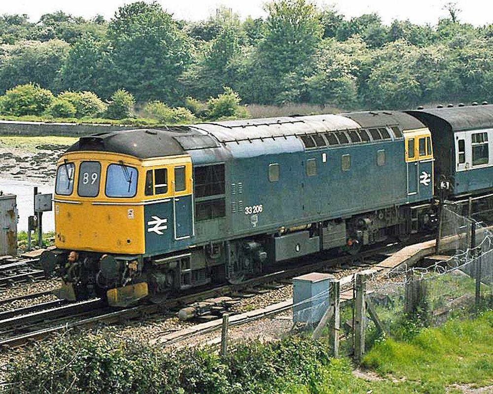 33206 @ Portcreek Junction - John Bushell