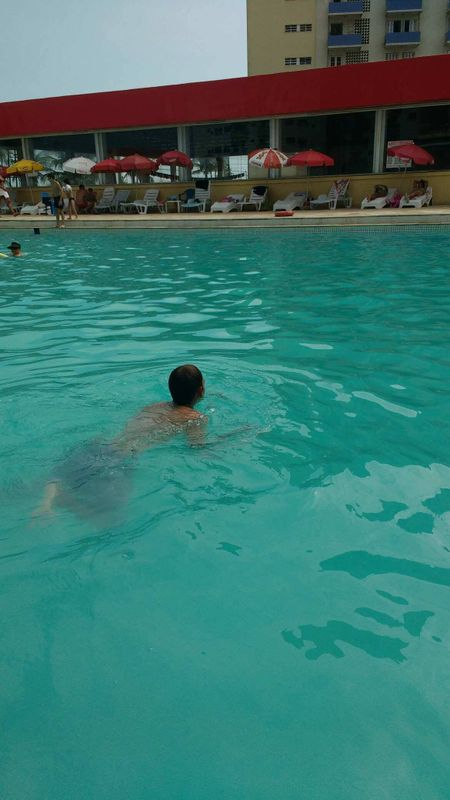 Swimpool time