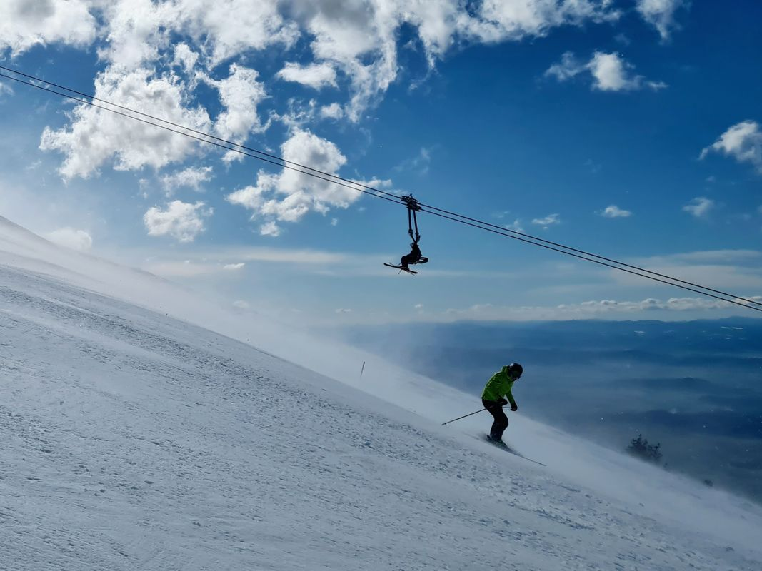 Skiing on the windy day